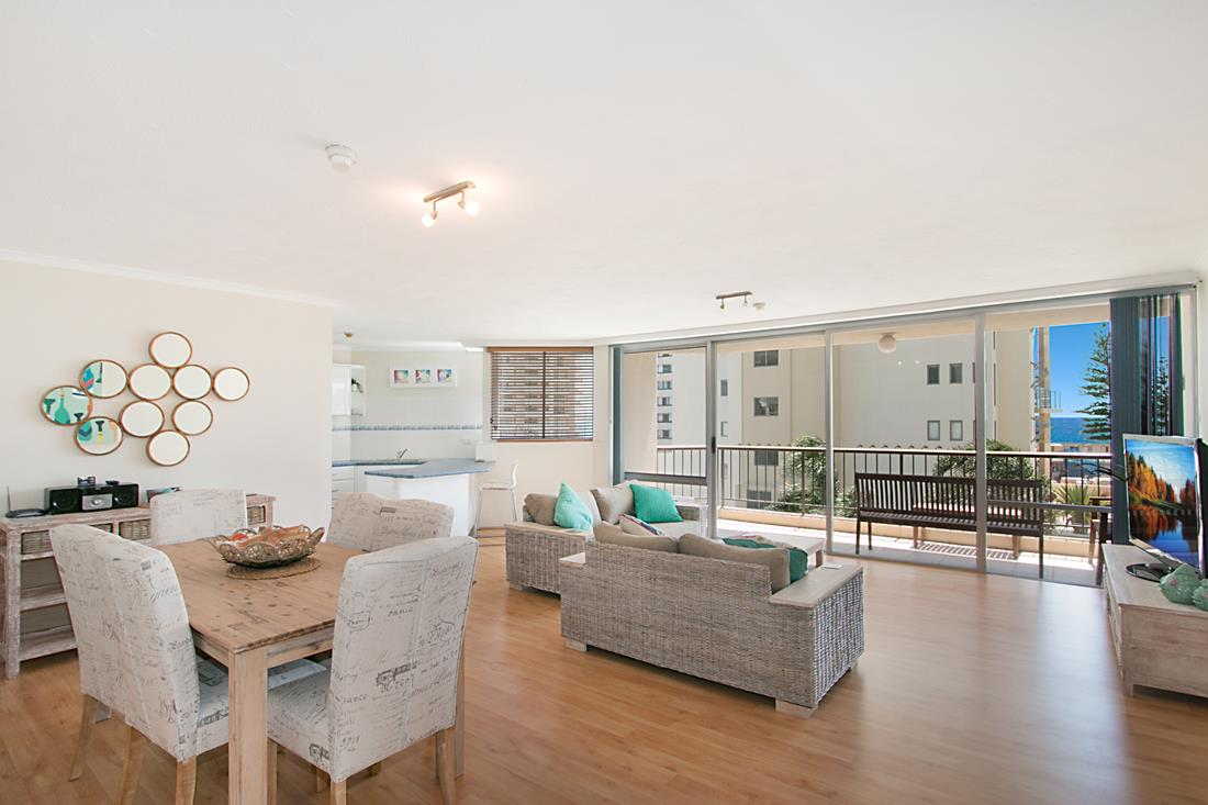 Coolangatta-Accommodation-14