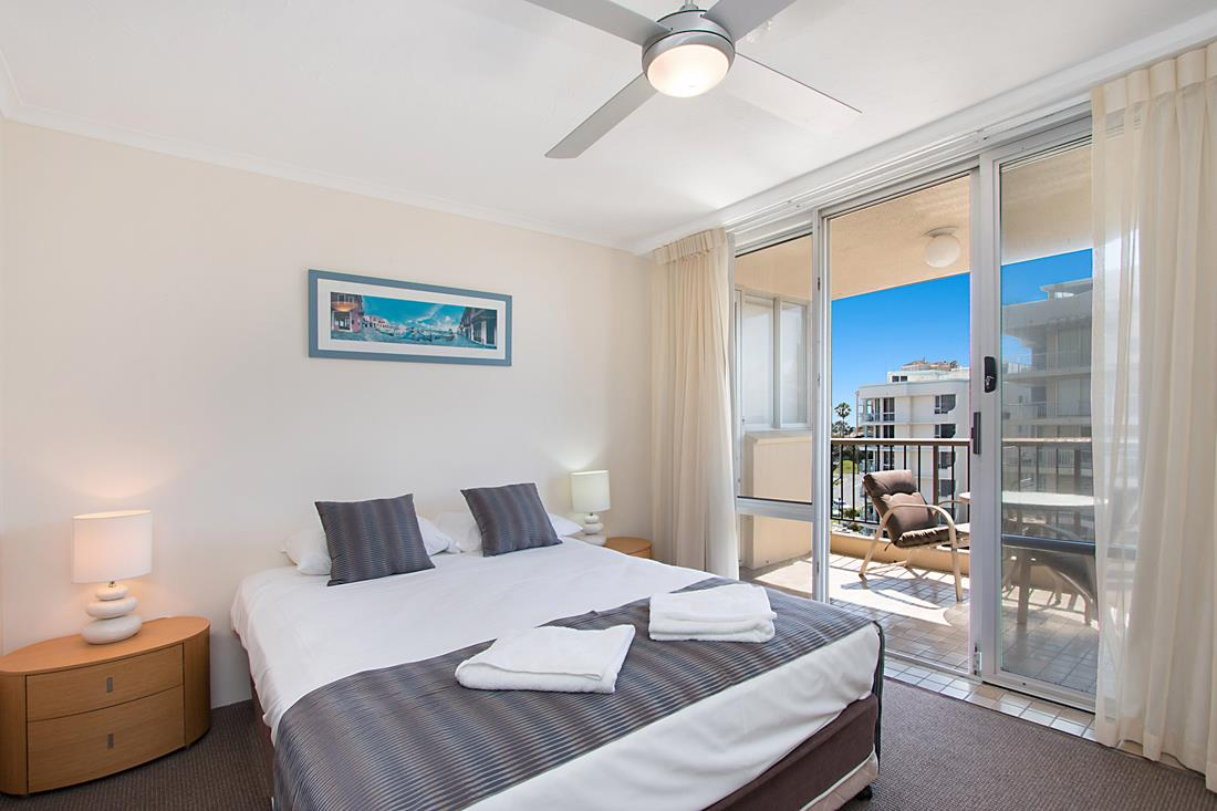 Coolangatta-Accommodation-8
