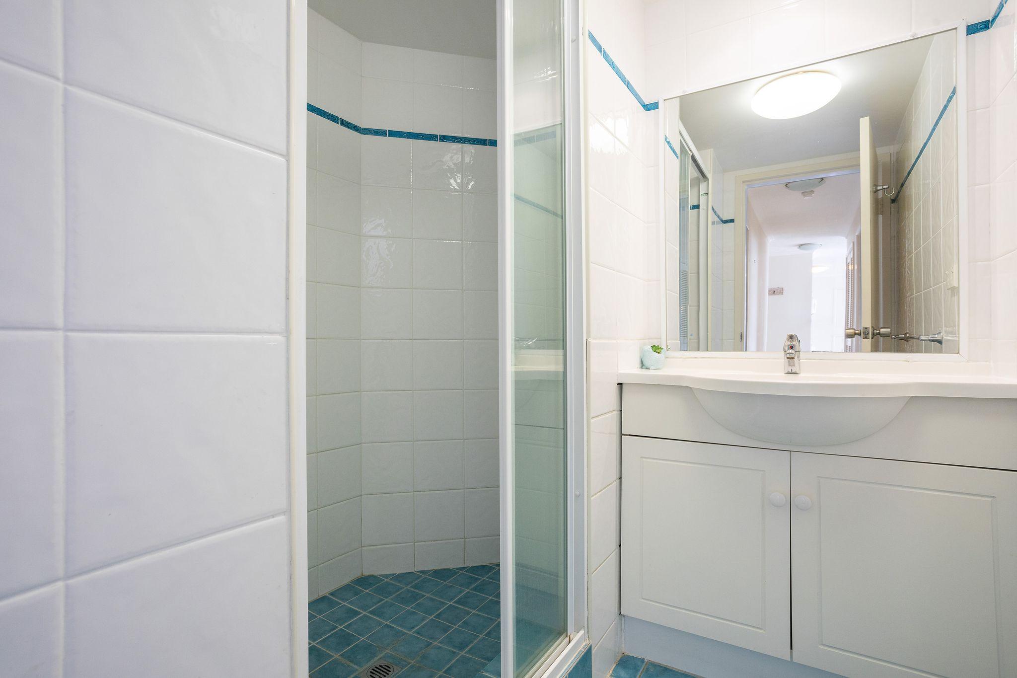 Unit-702-Bathroom